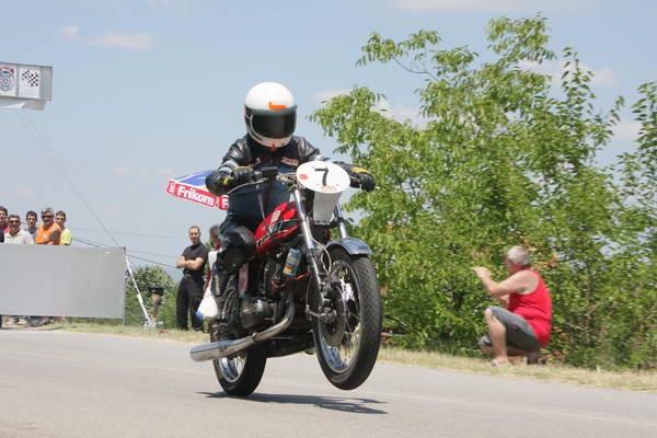 moto-klasik-za-uzivanje