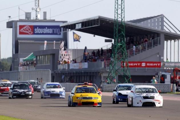 GUŽVA NA STAZI Detalj sa prošlogodišnje trke na Slovakijaringu
