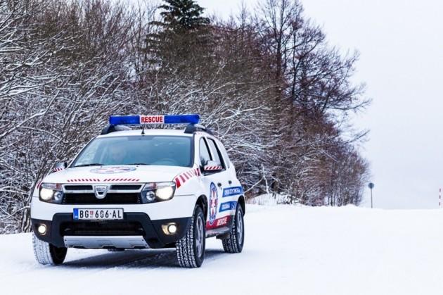 POMOĆ STIŽE Dacia duster