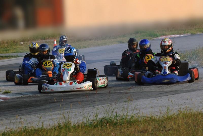 VOZE U KULI Karting ekipa