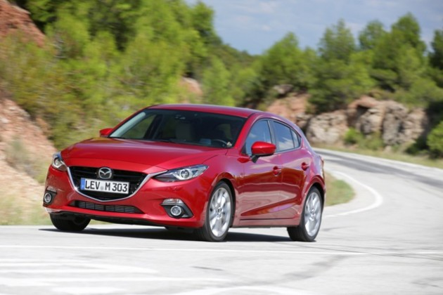 Mazda3_hatchback_2013_action_3__jpg300