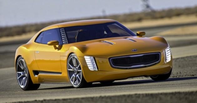 Kia GT4 Stinger (action 1) (Medium)