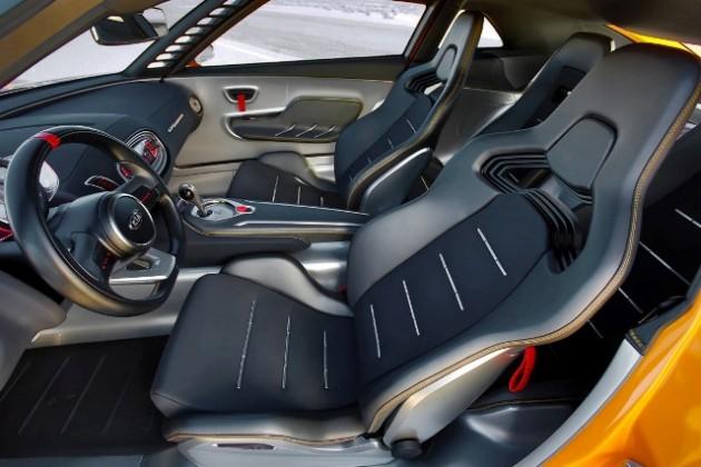Kia GT4 Stinger (interior) (Medium)