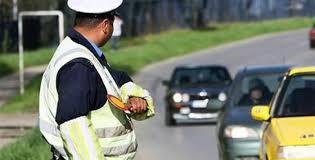 Saobraćajac preusmerava učesnike u saobraćaju