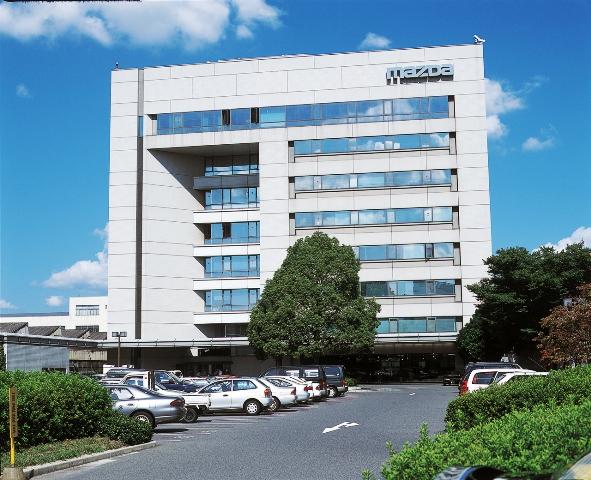 mazda_headquarters_hiroshima_japan_screen