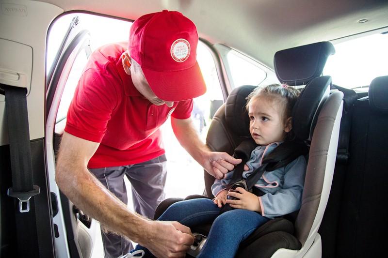 Pravilno postavljanje dečijeg auto sedišta