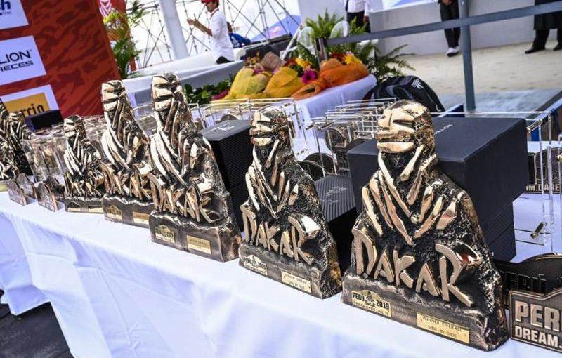 Dakar statuete
