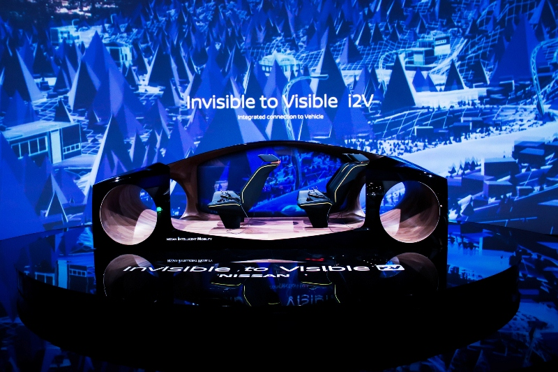 Nissan Invisible-to-Visible Technology at CES 2019