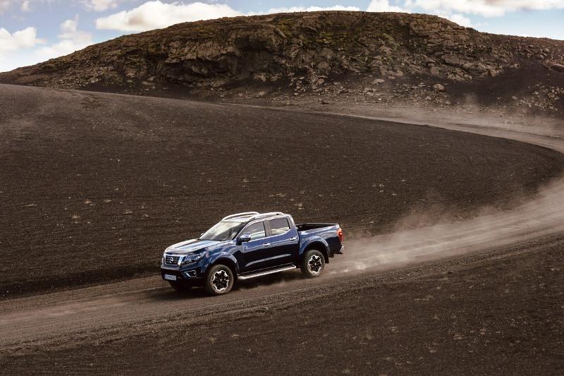 Nissan Navara Double Cab_Blue_Iceland_Dynamic Offroad 8
