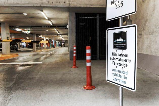 Pametna garaža za autonomno parkiranje