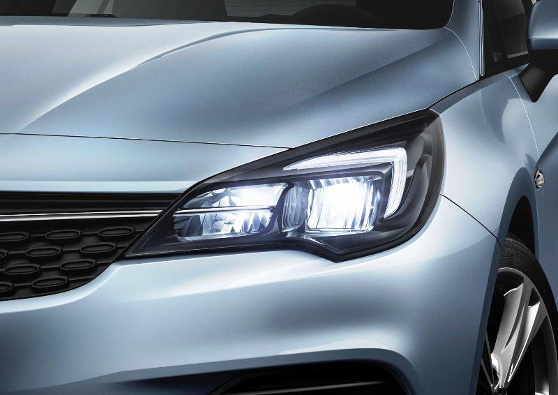 Opel-Astra-LED-Headlights