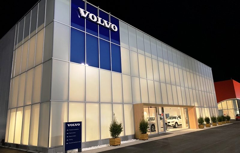 Volvo Car centar Boeograd - FASCIA
