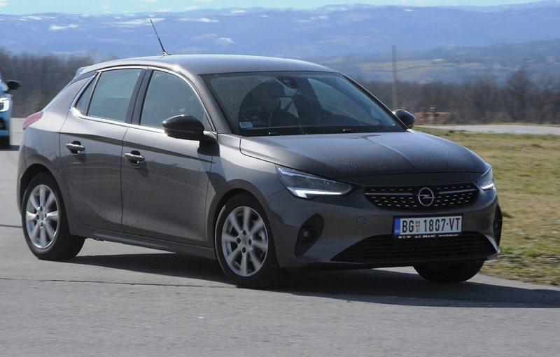 Opel Corsa Auto godine 20202 AANS