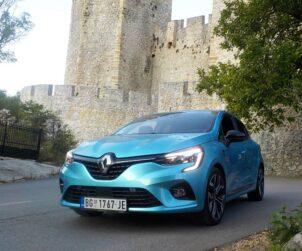 Renault Clio V generacije ispred Manasije