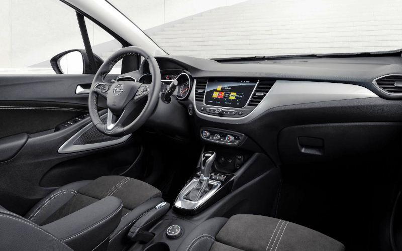 Opel Crosslaned unutrašnjost