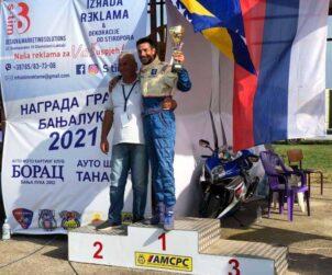 Direktor i šampion Dragolsav Petrović i Draga Gagi Filipović Zalužani jun 2021 a