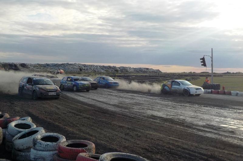 Start finalne trke klase IV auto kros Sombor