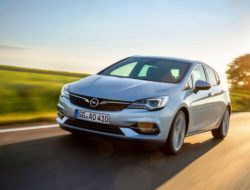 Opel-Astra (1)