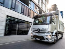 Mercedes-Benz eActros Weltpremiere 2021 // Mercedes-Benz eActros world premiere 2021